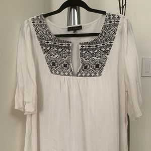 Sanctuary white embroidered top